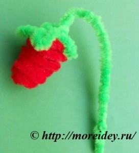 Поделки из пушистой синельной проволоки, поделка клубника, pipe-cleaner strawberry