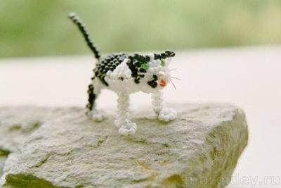 Кошка из бисера