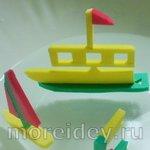 Игрушечные кораблики из бросового материала
