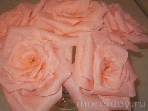 Розы из гофрированной бумаги мастер-класс