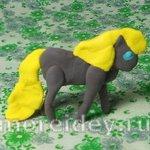 Лошадка из пластилина — детская поделка
