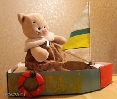 Кораблик из коробки своими руками