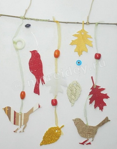 Мобиль с птичками и листиками