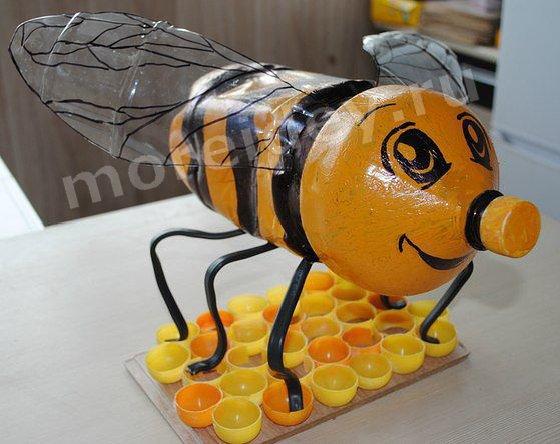 Картинки по запросу поделки из пластиковых бутылок пчела