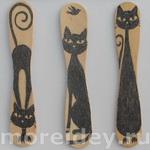 Поделки из палочек от мороженого: книжные закладки с кошками