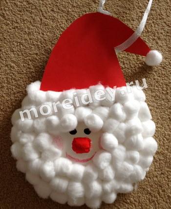 Новогодние поделки из одноразовых тарелок: поделка Санта-Клаус
