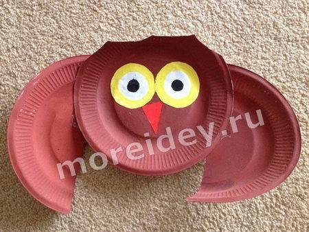 Поделки из одноразовых тарелок: поделка сова