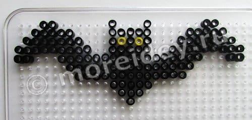 Поделка к Хэллоуину летучая мышь из термомозаики