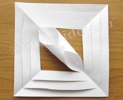 новогодние объемные снежинки из бумаги