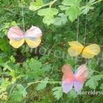 Поделка «Бабочки» для дачи, двора или сада