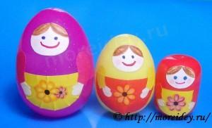 Поделка матрешки из контейнеров от киндер-сюрприза и пластмассовых яиц