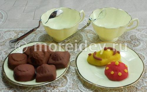 Игрушечная еда: конфеты для кукол