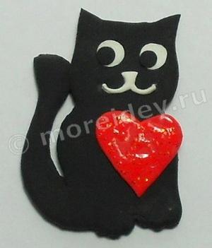 Поделка котенок с сердечком