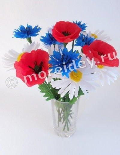 Книга Юлии Шерстюк Цветы из гофрированной бумаги