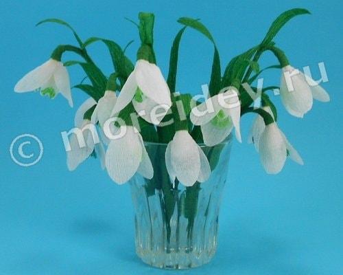 Цветы подснежники из гофрированной бумаги