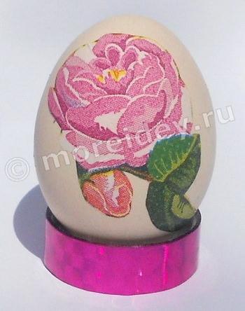 пасхальное яйцо в технике декупаж