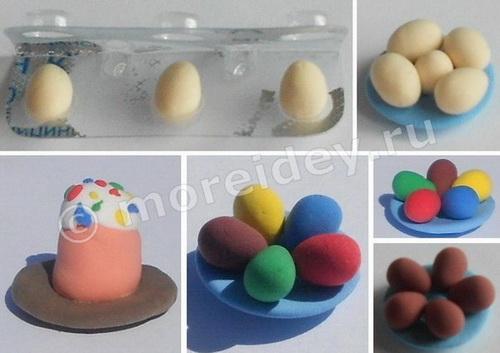 Игрушечная еда для кукол к Пасхе: кулич и крашенные пасхальные яйца