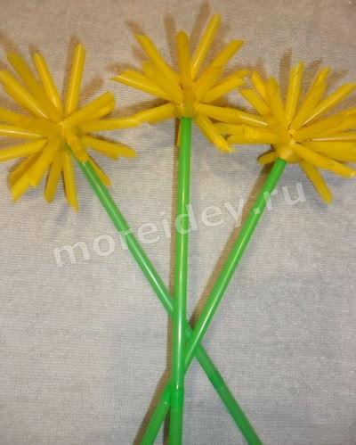 цветы из коктейльных трубочек своими руками