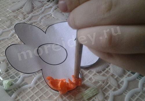 поделка цветы из гофрированной бумаги (торцевание)