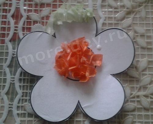 цветы из гофрированной бумаги: торцевание (поэтапный мастер-класс с фото)