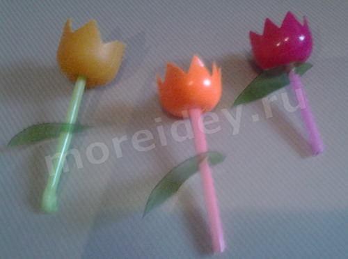 Как сделать поделку из яиц киндеров поделка цветы с пошаговыми фото