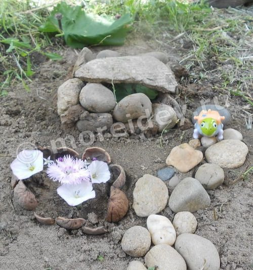 """Детская садовая композиция из камней """"Дом для черепашки"""""""
