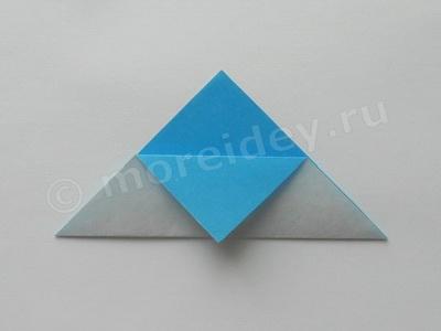 лодка оригами с парусом