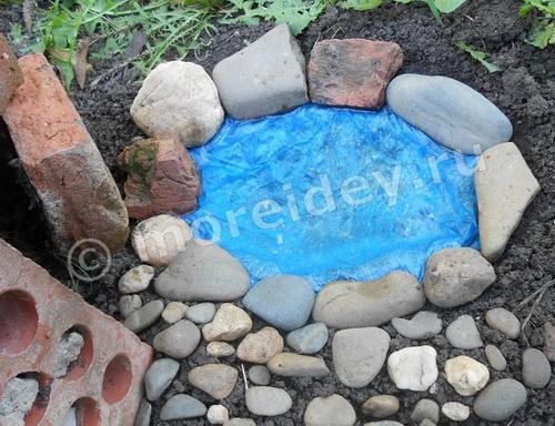 Как сделать мини-пруд во дворе своими руками