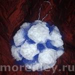 Поделки из салфеток: цветочный шарик — подвеска и топиарий