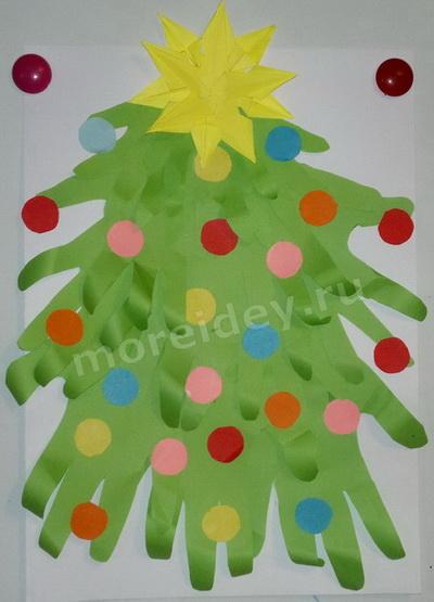 Поделки из ладошек к Новому году: елочка из ладошек своими руками фото