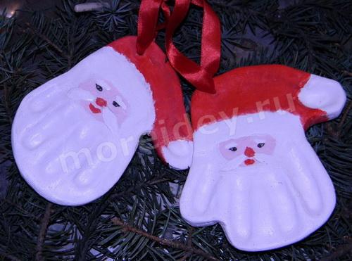 Отпечатки ладошек из соленого теста: поделки из ладошек к Новому году
