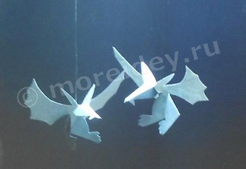 Halloween crafts for kids: bat,  flittermouse
