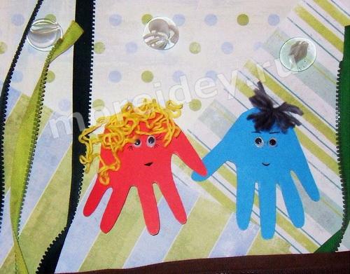 Рисунок из ладошек: осьминожки