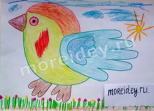 рисование ладошками: птичка