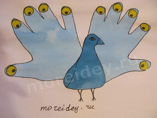 Птицы из ладошек: аппликация из ладошек павлин