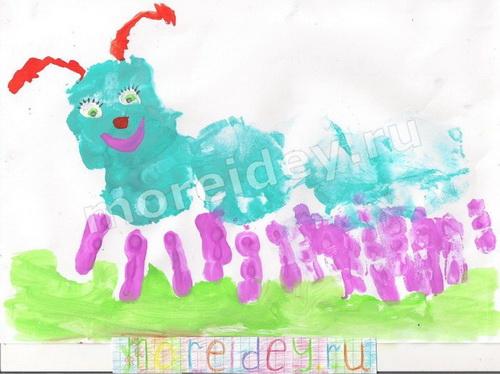 Рисование детскими ладошками: сороконожка