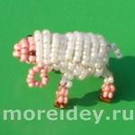Объемные животные из бисера — овечка