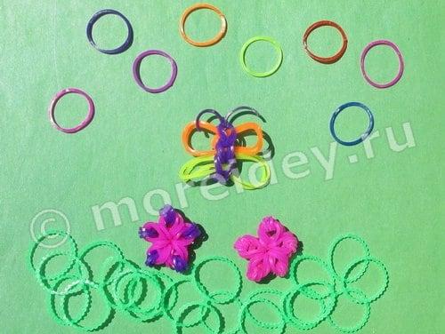 Бабочка и цветочки из резиночек