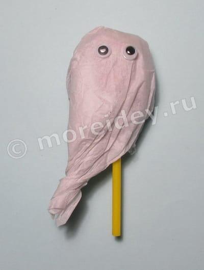 Сладости на Хэллоуин: привидение из чупа чупса