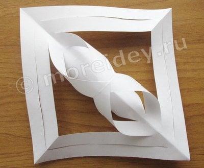 объемные снежинки из бумаги фото