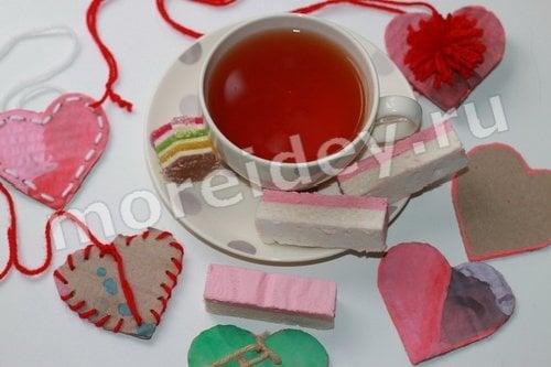 Открытки - валентинки из картона и ниток